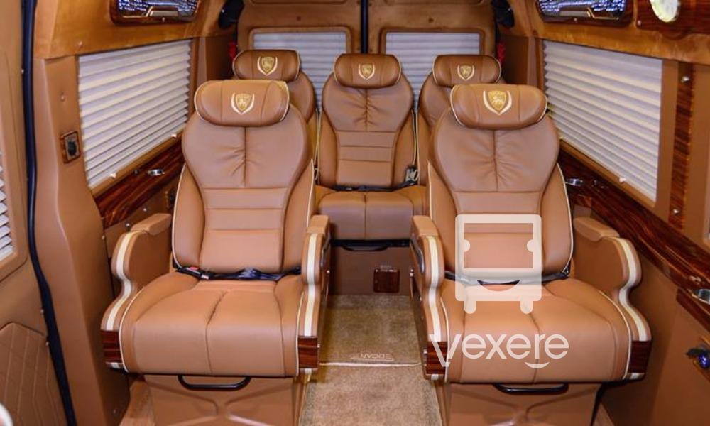 Xe đi Sapa Limousine VIP 9 chỗ: Riêng tư, sang trọng và tiện lợi nhất