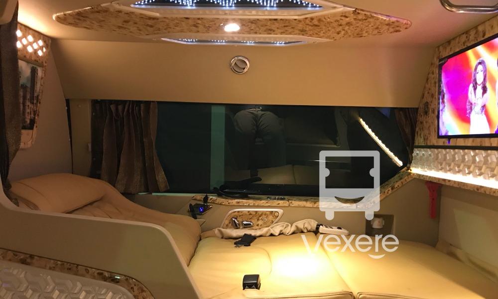 Xe giường nằm cao cấp limousine Express Hà Giang từ Hà Nội đi Hà Giang - VeXeRe.com